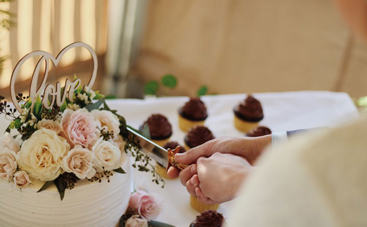View of a wedding table setting at Glen Oak